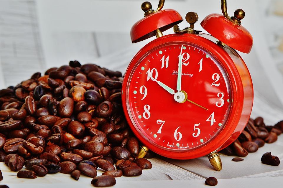 How do Deaf People Use Alarm Clocks