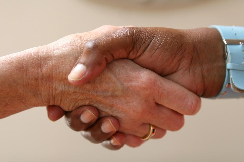 Sign Language Etiquette: Deaf Culture Physical Touch