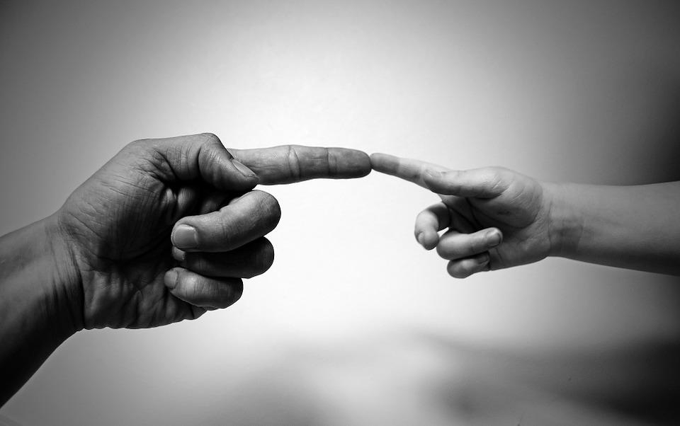 Sign Language Interpreter Behavior Impacts Customers